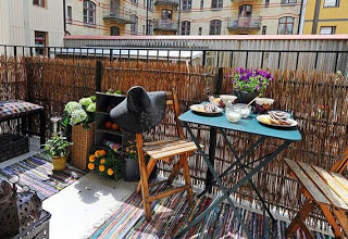 apartment balcony privacy fence