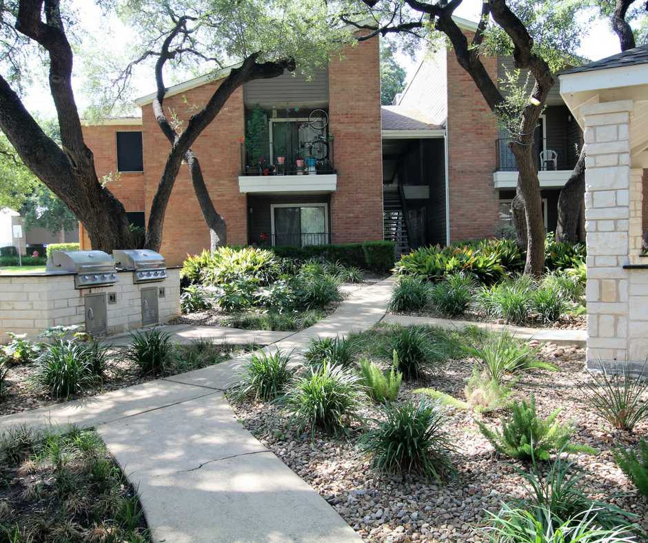 Arboretum Apartments: Cheap Apartments In Austin: The Arboretum Is A Very